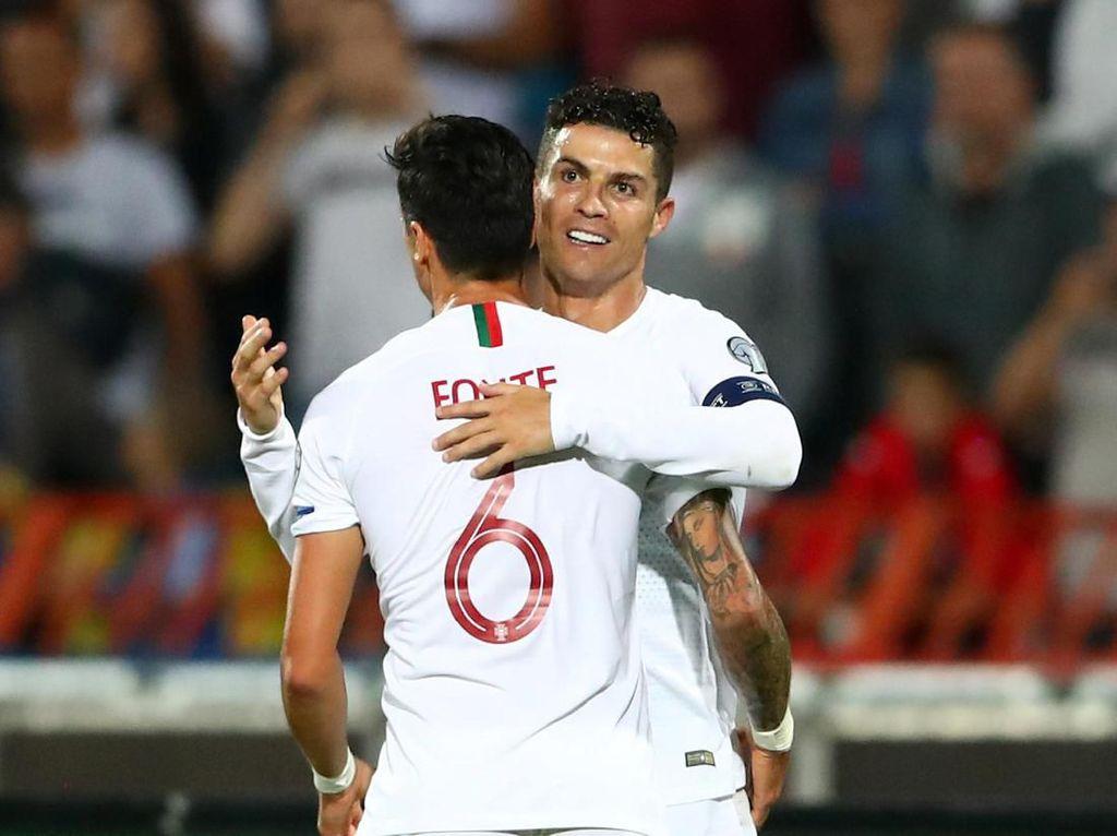 Robbie Keane Ledek Ronaldo