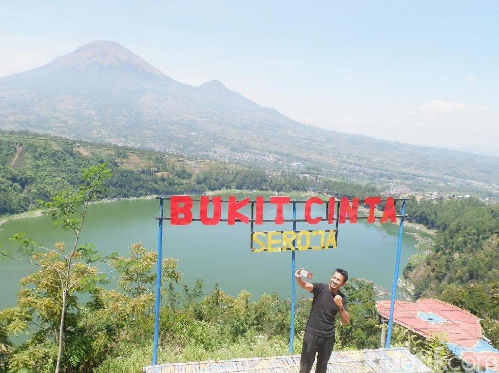 Wonosobo Punya Bukit Cinta yang Cantik
