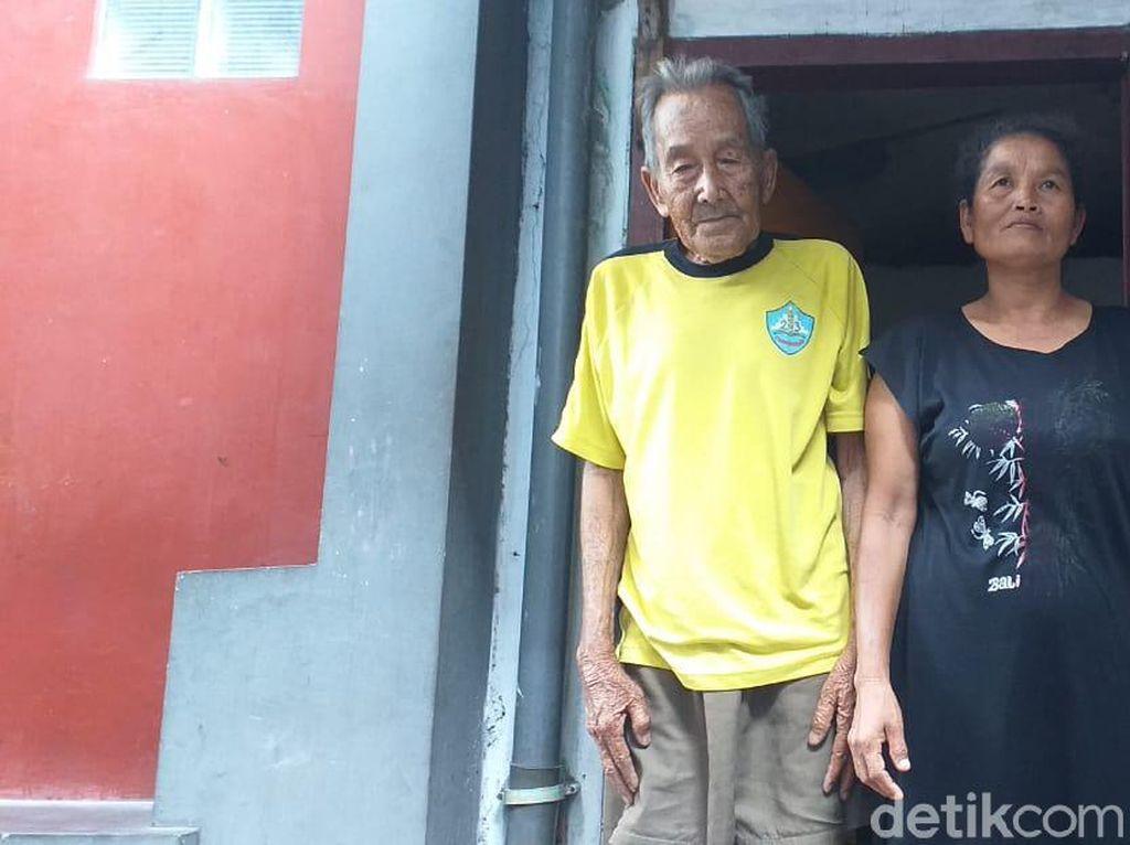 Menyimak Kisah Kakek Penjual Koran yang Ngaku Mantan Pengawal Bung Karno