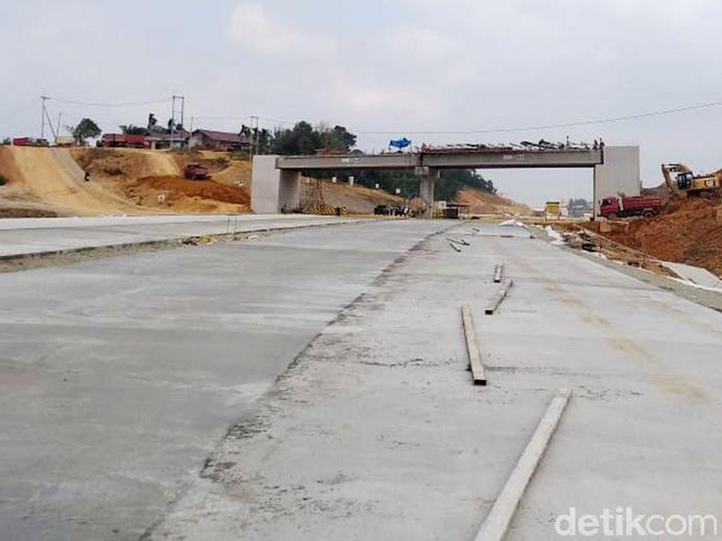 Potret Pembangunan Jalan Tol di Ibu Kota Baru