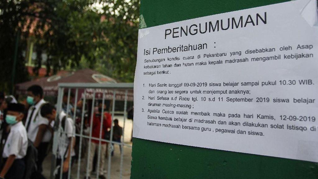 Sekolah Diliburkan Imbas Kabut Asap di Pekanbaru