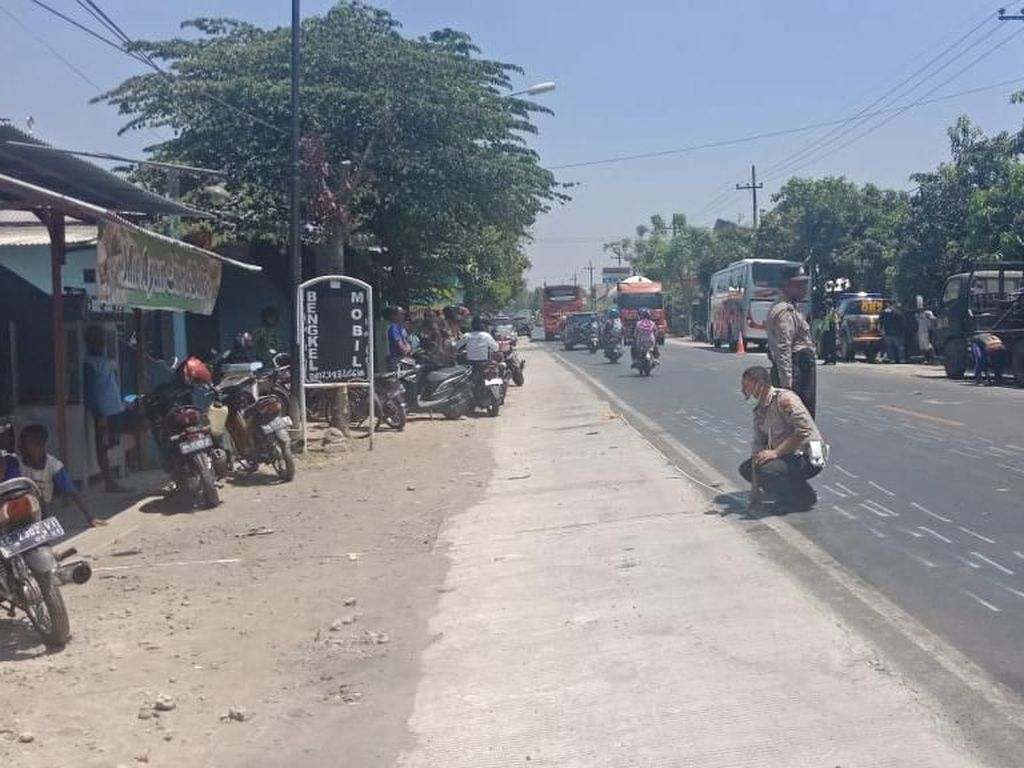 Kronologi Tabrakan MPV vs Bus Mira di Nganjuk yang Tewaskan 3 Orang