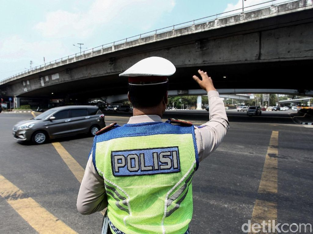 Ganjil Genap Jakarta Dimulai 12 Agustus, STRP Tetap Berlaku