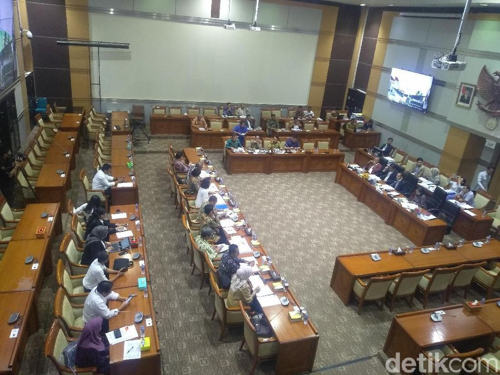 Pansel Capim KPK Curhat Di-Bully ke Komisi III DPR