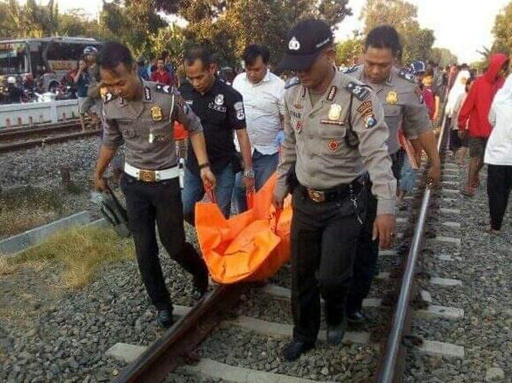 Seorang Biker di Jombang Tewas Tertabrak KA Rapih Dhoho