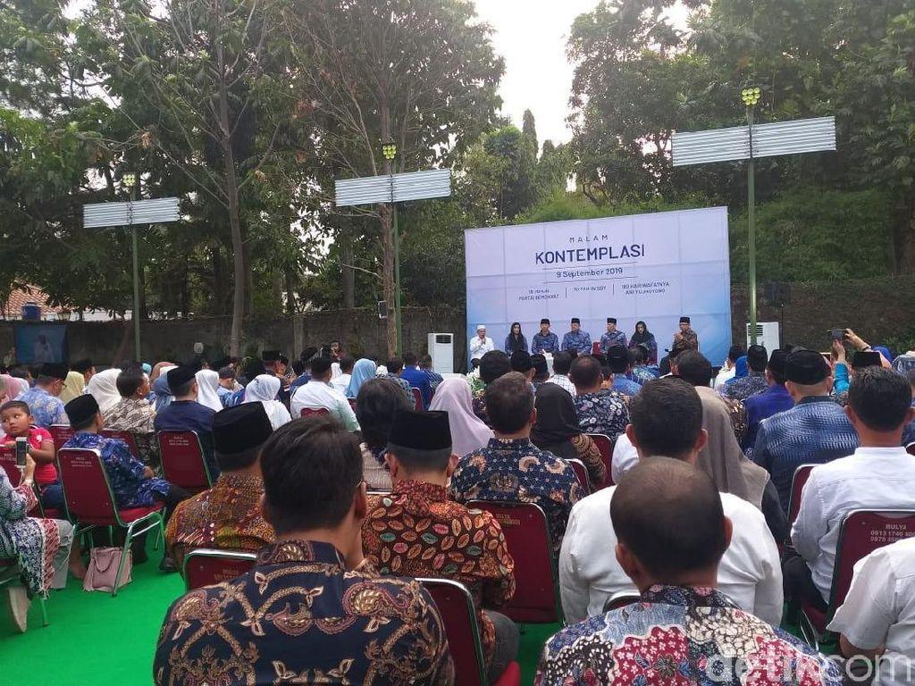 Jelang Pidato Politik SBY, Kader Demokrat Padati Cikeas