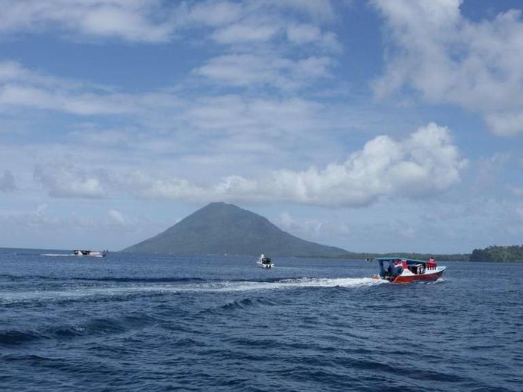 Hobi Diving, Kapten Hay Jatuh Cinta pada Perairan Manado