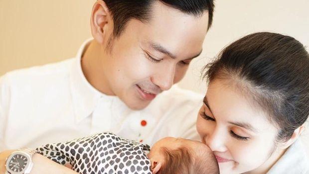 Sandra Dewi, Harvey Moeis & putra keduanya