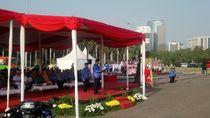 Hari Olahraga Nasional, Anies Ajak Warga Jalan Kaki Manfaatkan Angkutan Umum