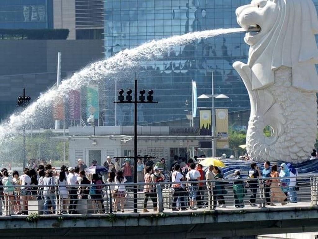 Produksi Manufaktur Anjlok, Singapura Terancam Resesi