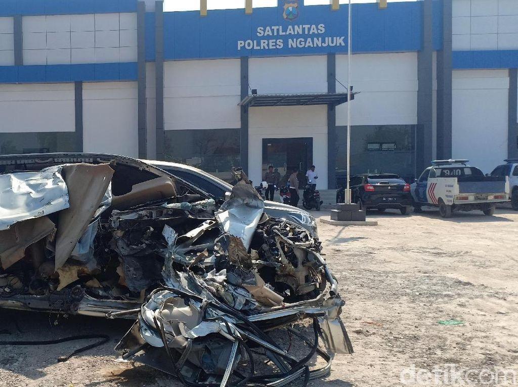 Kecelakaan Maut di Nganjuk Tewaskan 3 Orang, 10 Saksi Diperiksa
