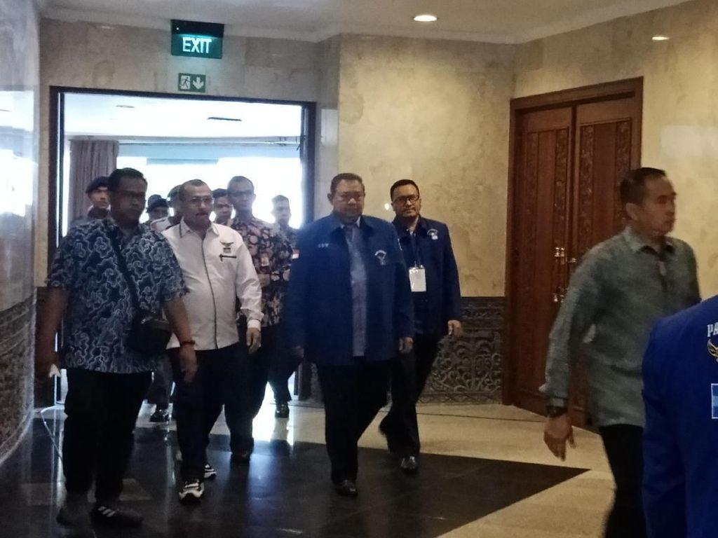 Datang ke Pembekalan Caleg Terpilih Demokrat, SBY Beri Arahan Tertutup