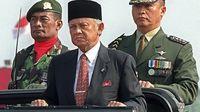 Bacharuddin Jusuf Habibie di masa silam