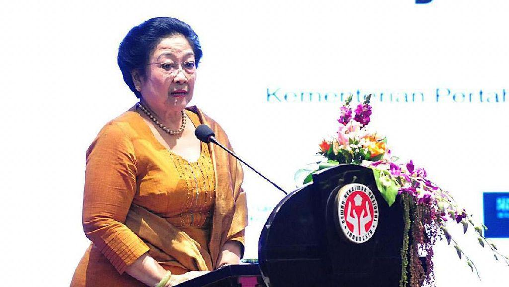 Megawati Hadiri Rakernas Dewan Kerajinan Nasional