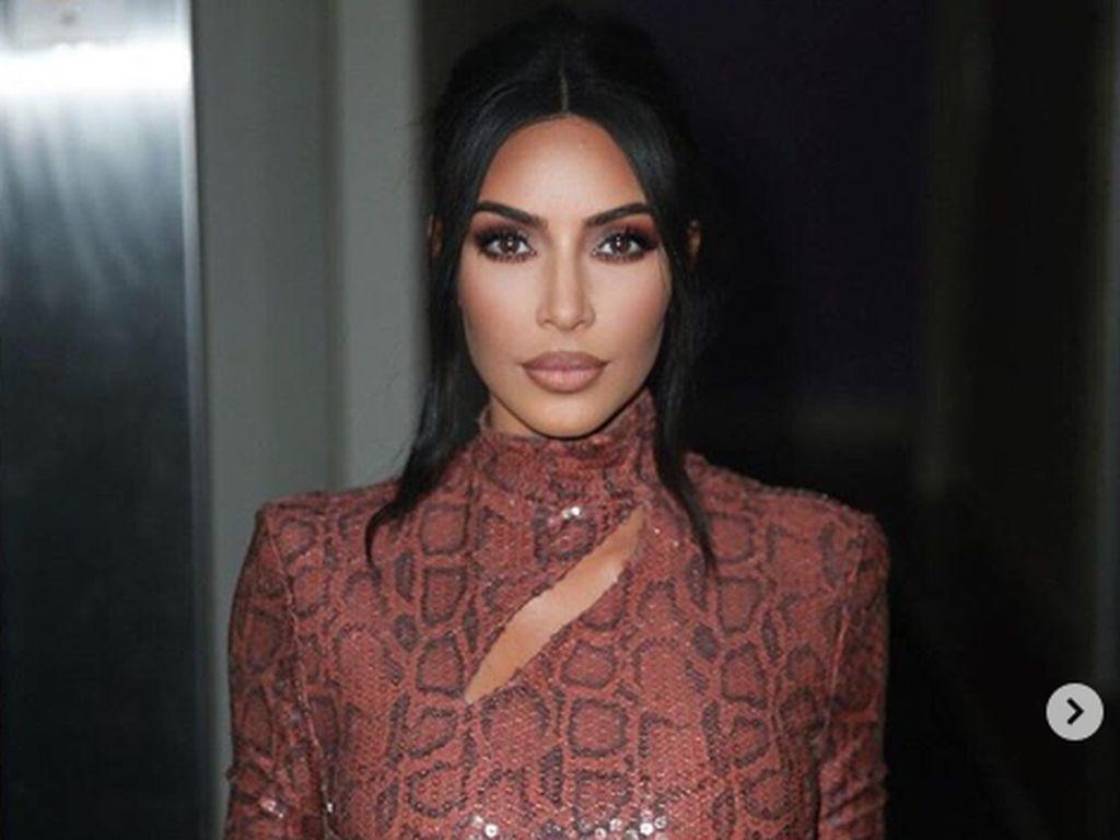 Jangan Tiru! Kebohongan Kim Kardashian Agar Eksis di Hollywood