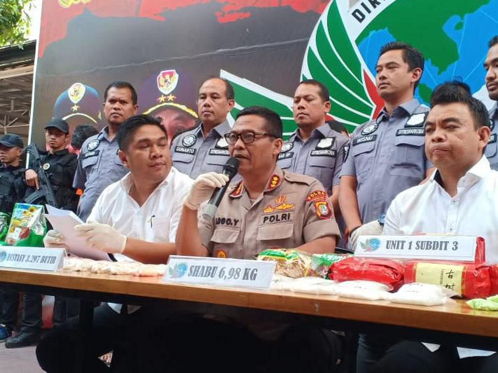 Polisi Tangkap 7 Kelompok Pengedar Narkoba Jaringan Malaysia-Jakarta