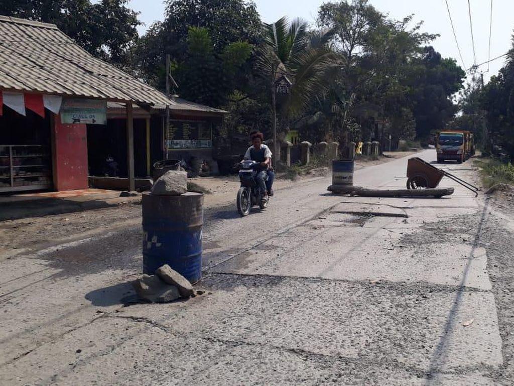 Sempat Diblokir Warga, Akses Jalan di Rumpin Bogor Sudah Dibuka