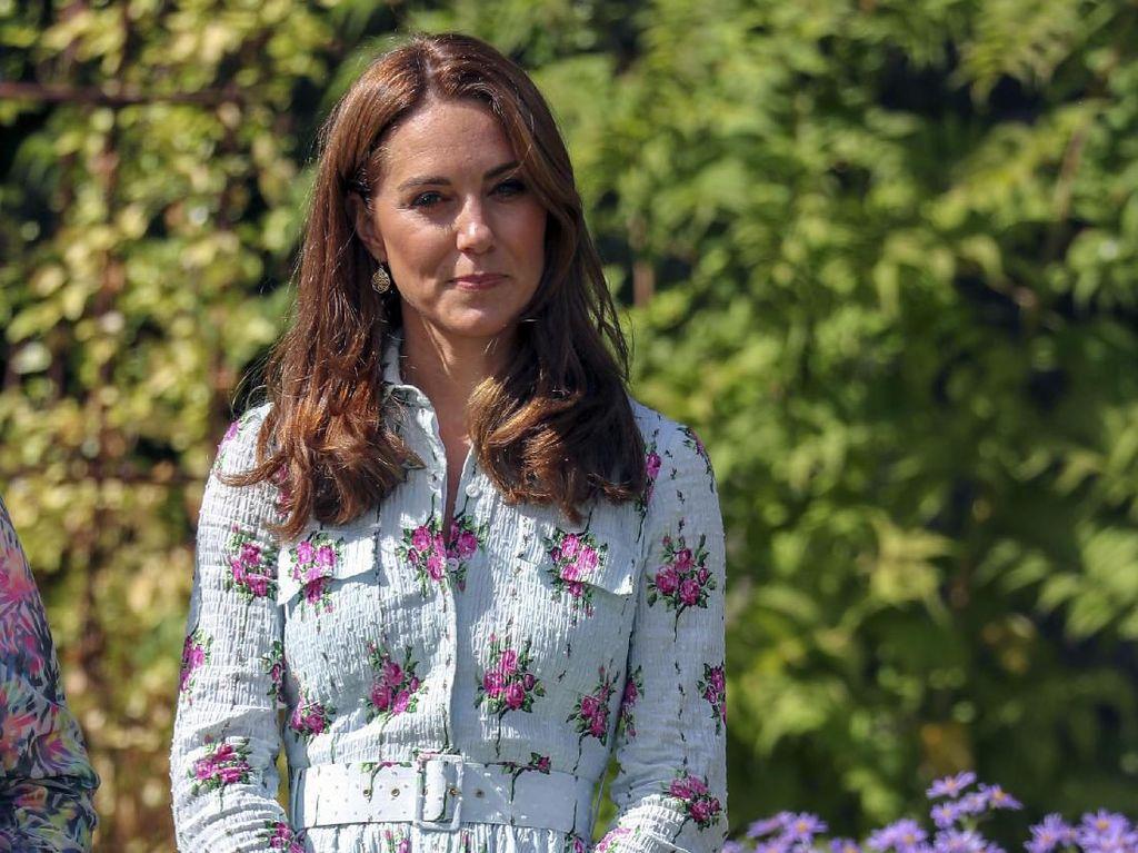 Astaga, Putri Charlotte Sebut Kate Middleton Hamil Lagi?