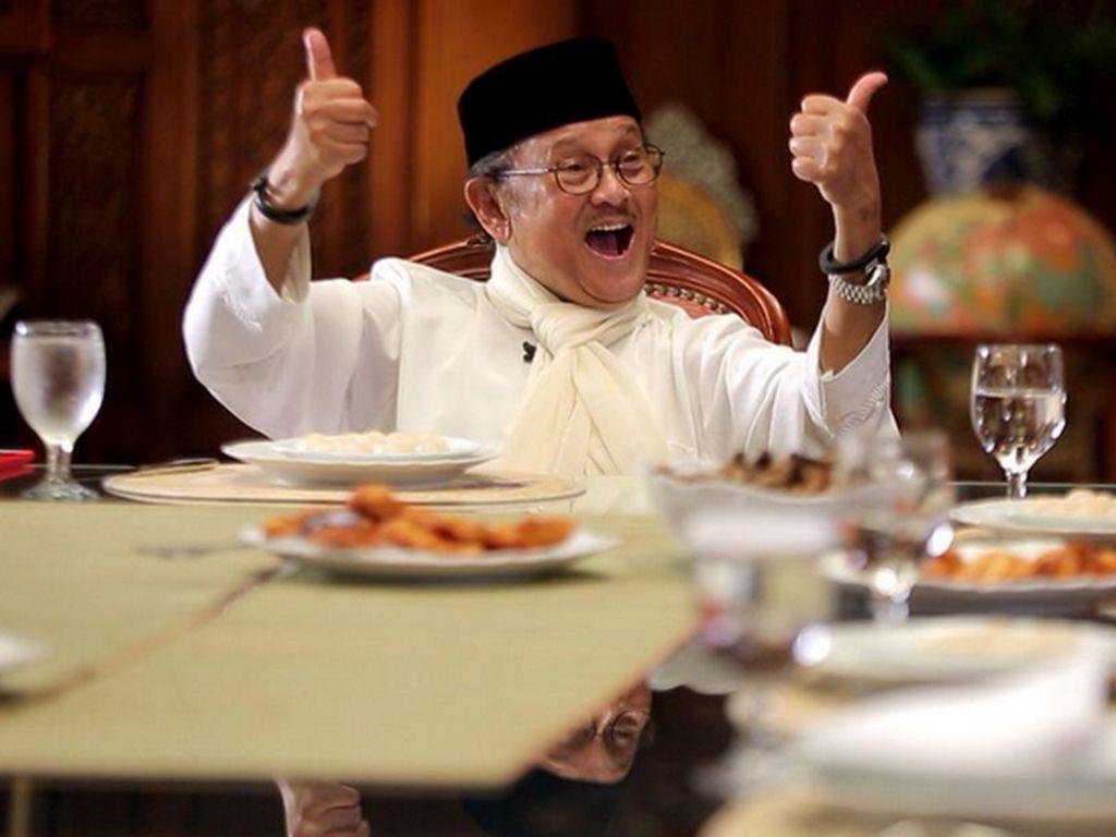 Mengenang Kembali Mendiang BJ Habibie, Lewat Diplomasi Kulinernya yang Berkesan