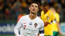 Ronaldo Vs Lithuania: Quat-trick dan Fans Berlutut di Hadapannya