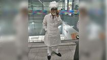 Demi Terbang ke AS dengan Paspor Palsu, Pria Ini Menyamar Jadi Kakek-kakek