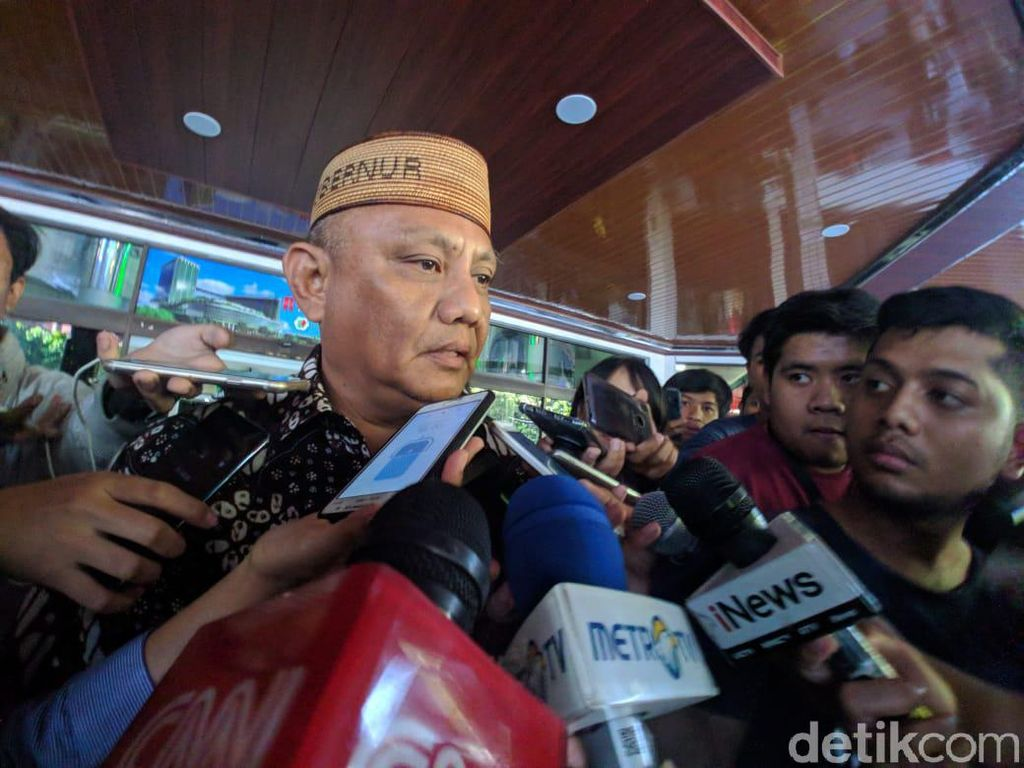 Gubernur Gorontalo Usai Jenguk Habibie: Kita Berdoa Ada Mukjizat