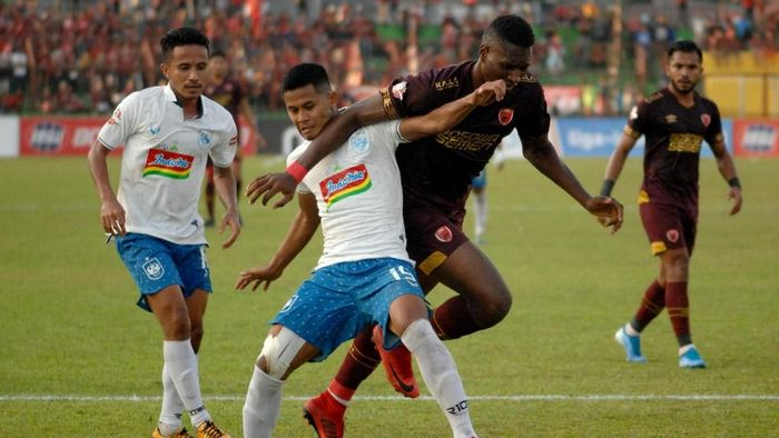 PSM takluk 0-1 dari PSIS Semarang (ANTARA FOTO/Abriawan Abhe)