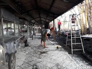 Warung di Selter Kuliner Pucangsawit Solo Terbakar