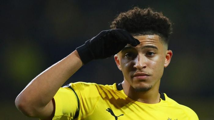 DORTMUND, GERMANY - MARCH 05:  Jadon Sancho of Borussia Dortmund in action during the UEFA Champions League Round of 16 Second Leg match between Borussia Dortmund and Tottenham Hotspur at Westfalen Stadium on March 05, 2019 in Dortmund, North Rhine-Westphalia. (Photo by Dean Mouhtaropoulos/Getty Images)
