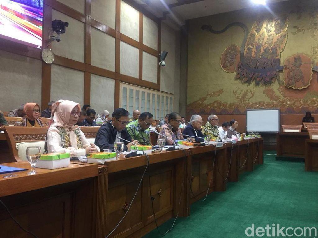 Mendag Ajak Menkop dan DPR Mengheningkan Cipta untuk BJ Habibie