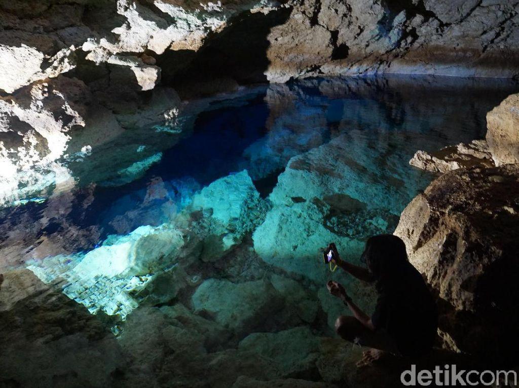 Foto: Gua Kristal dari Kupang