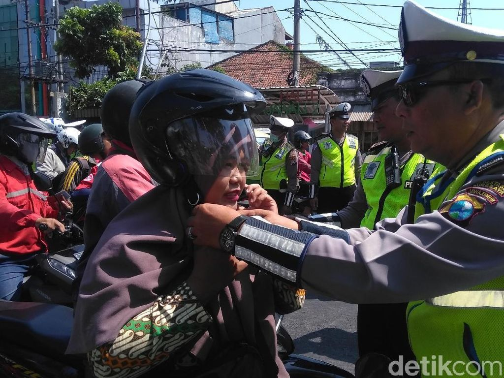 42 Ribu Kendaraan di Surabaya Terjaring Operasi Patuh Semeru 2019