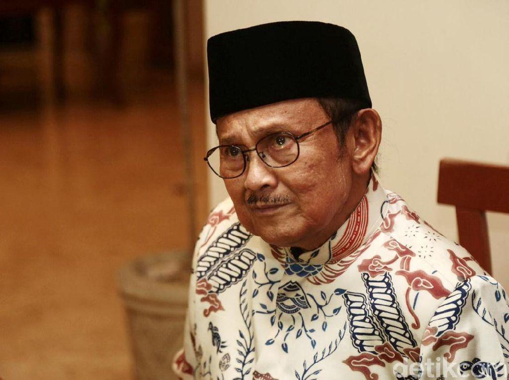 BJ Habibie Pencetus Bank Syariah Pertama di Indonesia