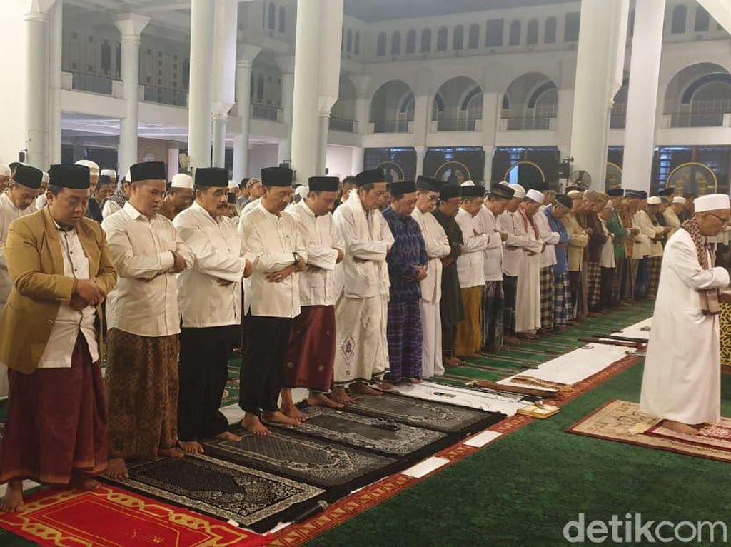Dewan Masjid Jatim Ingatkan Shalat Tarawih Digelar dengan Prokes Ketat