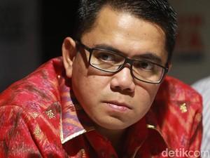 Arteria Dahlan: Komnas HAM Jangan Kritisi DPR