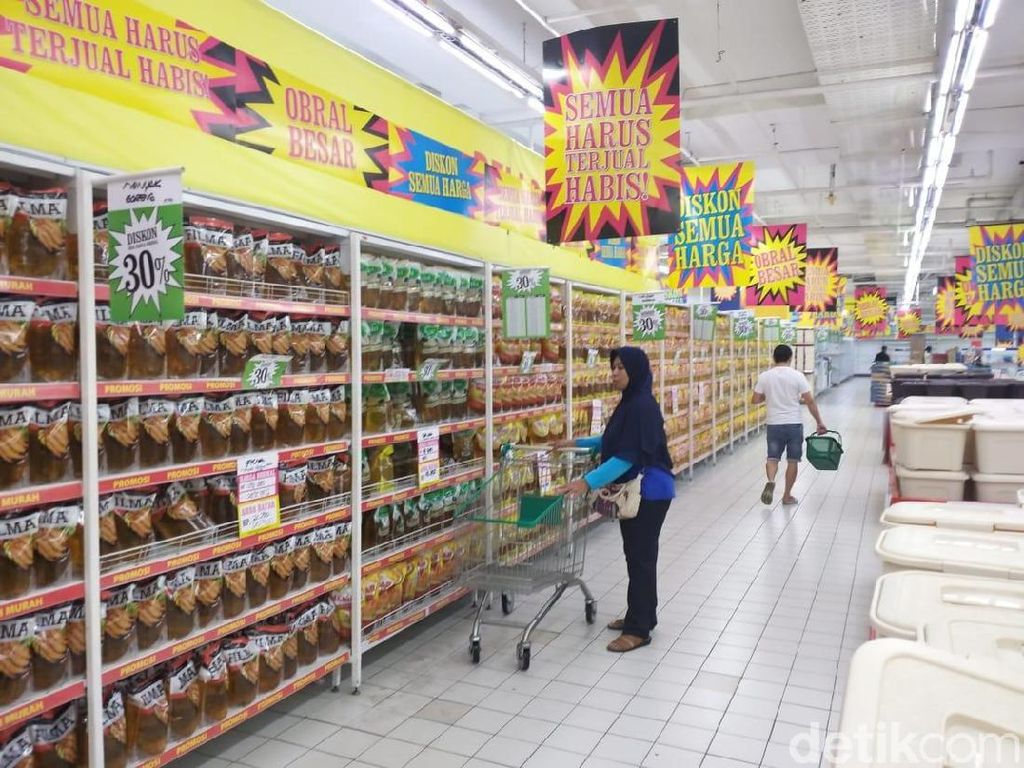 Mau Ditutup, Giant Poins Square Sering Tekor