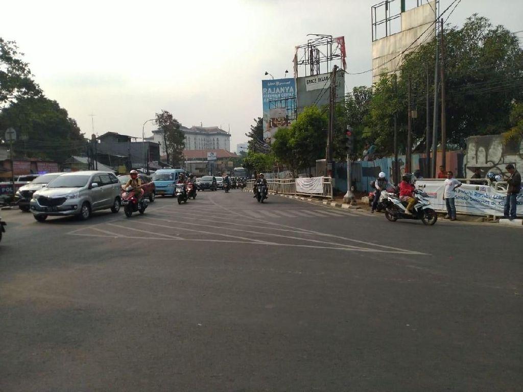Jalan TMP Kalibata Dibuka Lagi, Arus Lalin Normal Kembali