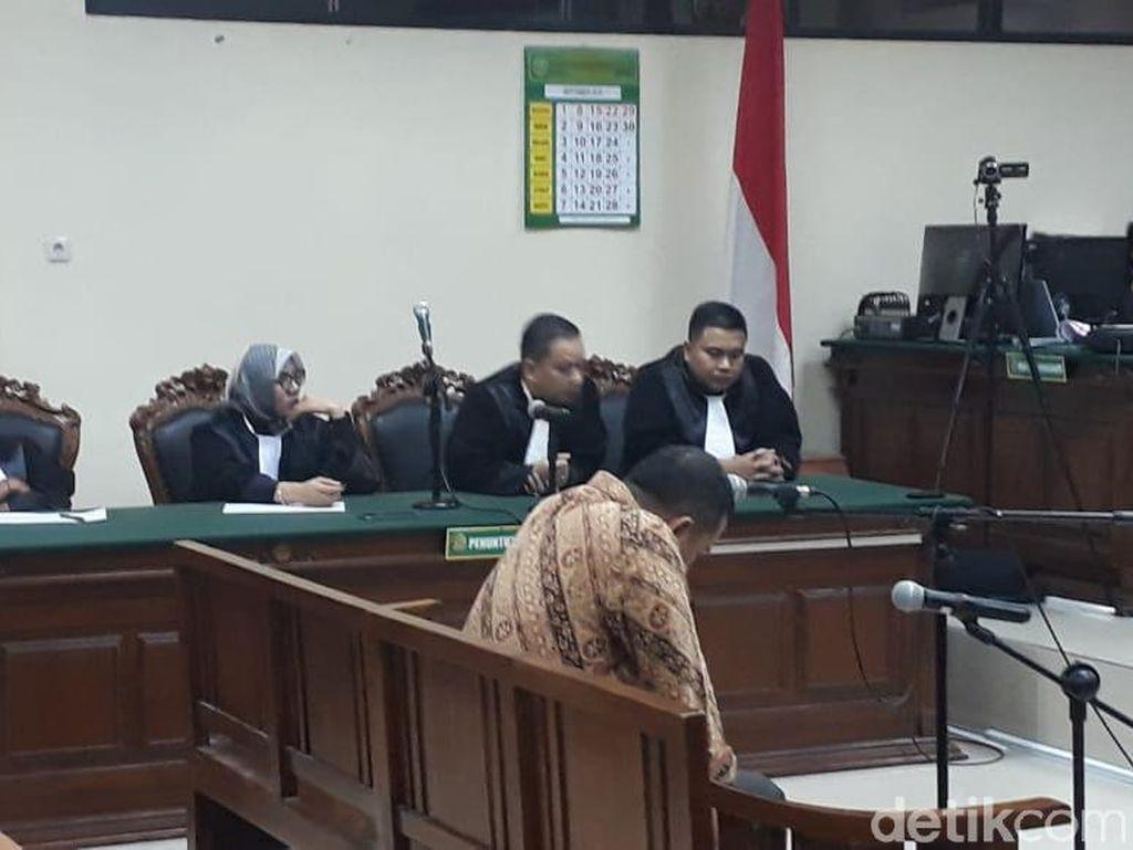 Mantan Plt Kepala Badan Pendapatan Gresik Divonis 4 Tahun Penjara