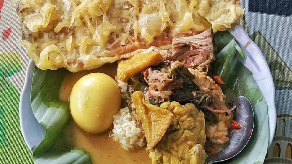 Pagi Ini Paling Nikmat Makan Nasi Penggel Kebumen yang Gurih Mantap