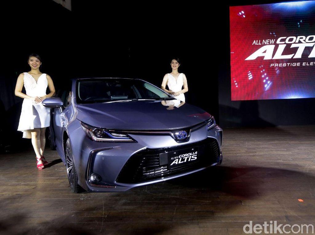 Beda Rp 70 Jutaan, Ini Beda Corolla Altis Bensin dan Hybrid