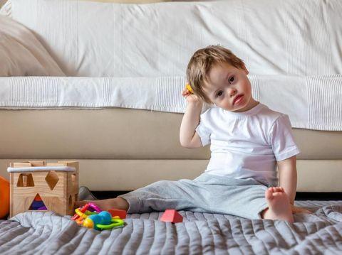 9 Penyebab Autisme pada Janin yang Sering Diabaikan Ibu Hamil