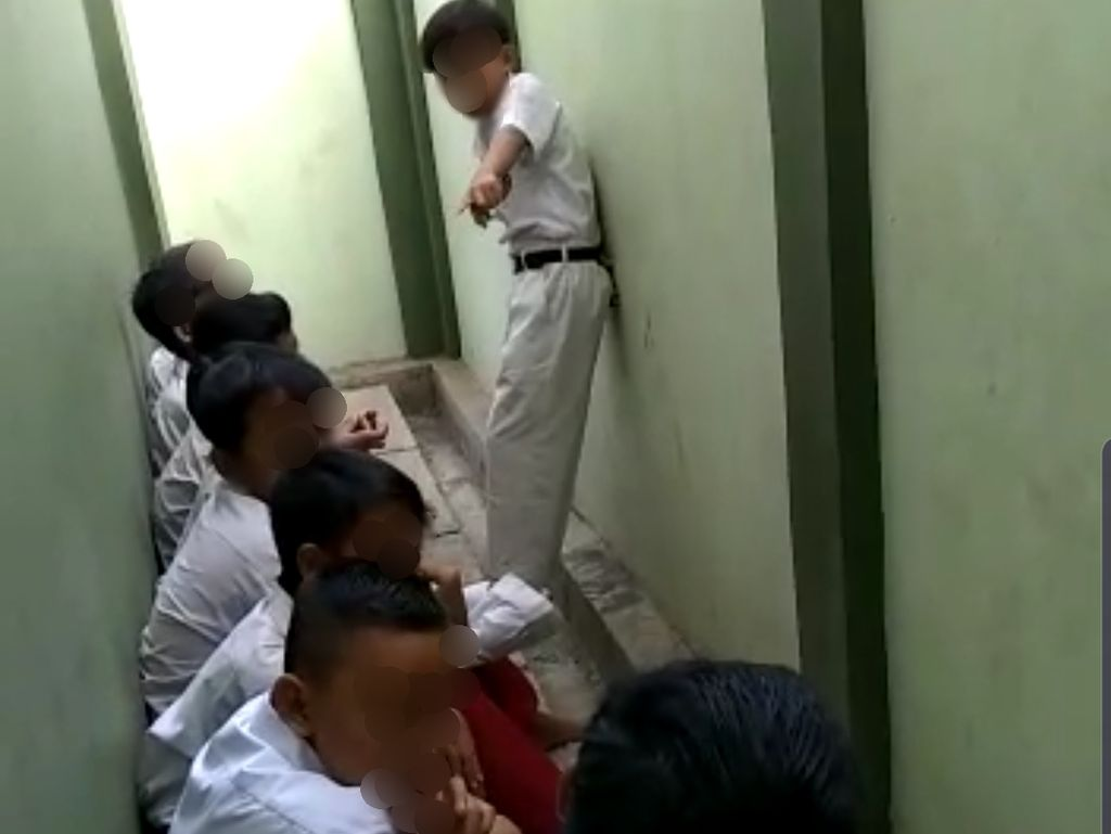 Viral Video Perploncoan 7 Bocah SD di Bekasi, Polisi Turun Tangan