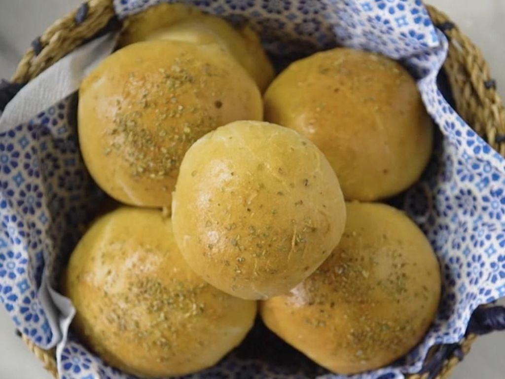 Resep Kue: Roti isi Keju Meleleh