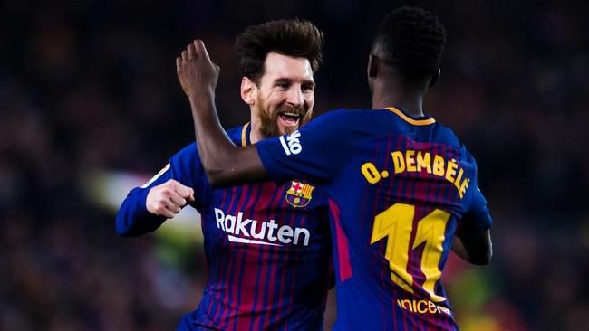 Lionel Messi berharap banyak kepada Ousmane Dembele di musim ini . (Foto: Alex Caparros / Getty Images)