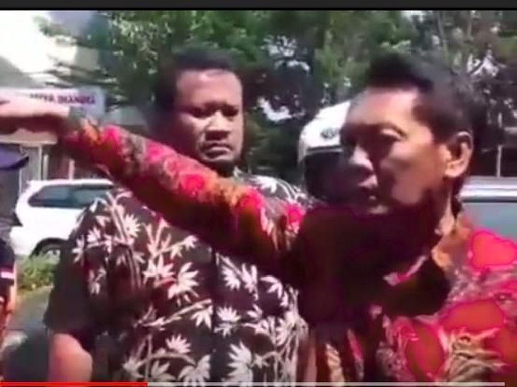 Anggota DPRD Sukabumi Ngamuk Gegara Mobil Dipasangi Stiker Salah Parkir