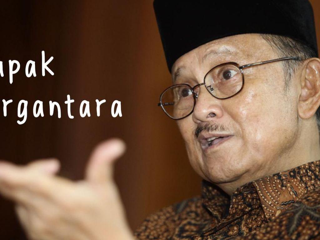 Warisan Habibie di Langit Nusantara