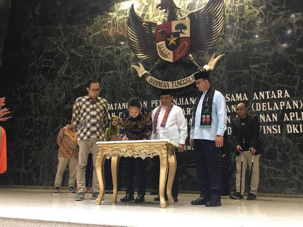 Anies Gandeng Delapan Aplikator Atasi Masalah Jakarta