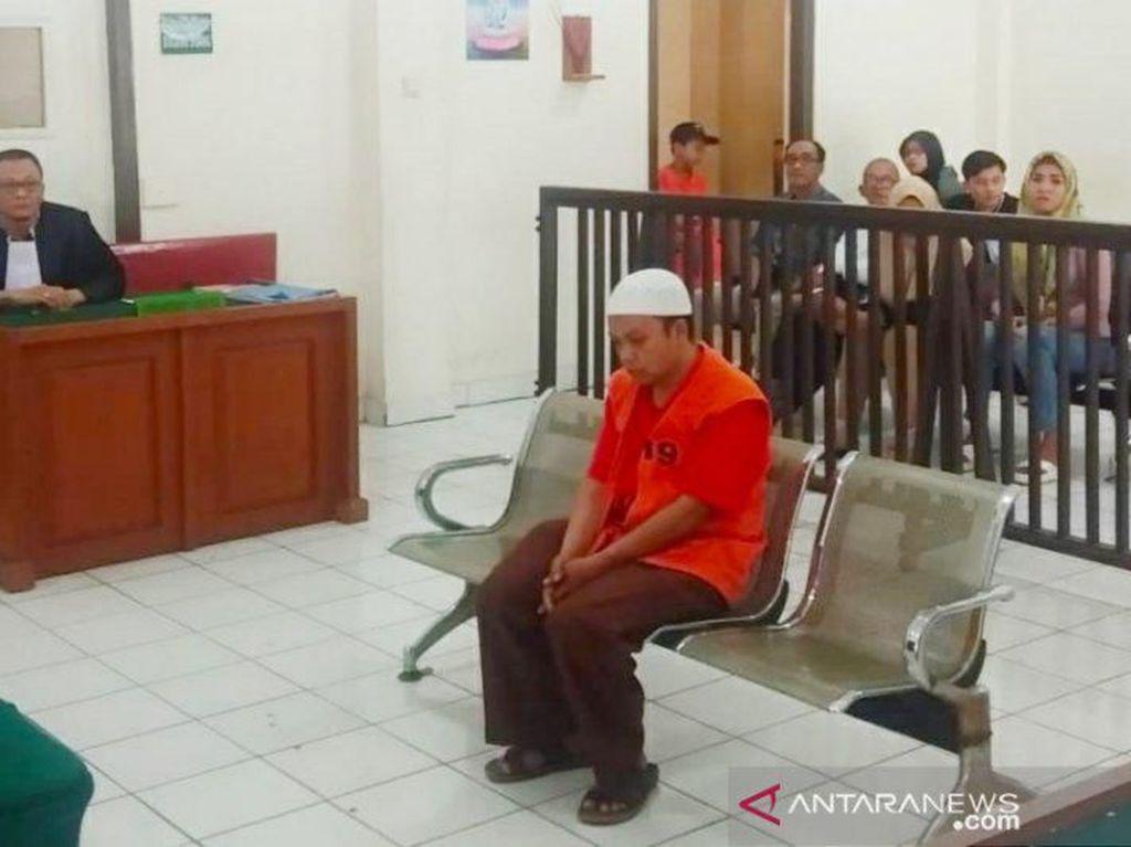 Catut Nama Kapolri, Anggota Satpol PP di Sumsel Dituntut 2,5 Tahun Penjara