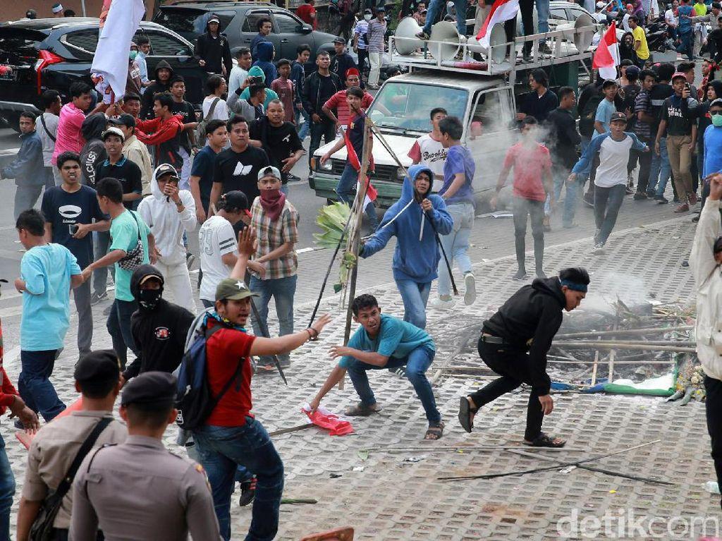 Terkait Demo Ricuh di KPK, Tak Ada Massa yang Diamankan Polisi