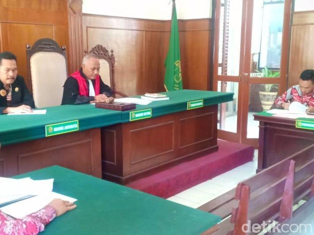 Tiga Tersangka Kasus Jasmas DPRD Surabaya Ajukan Gugatan Praperadilan